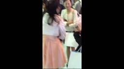 学校・仕事帰りの若い女性をエスカレーターでスカートめくりパンチラ