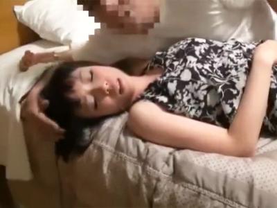 童顔ショトカ妻が乱暴に犯されてドM性感覚醒させられる