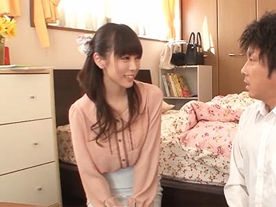「緊張してるんだ‥かわいー♪」美人先生とイケナイ関係になって遂に挿入の瞬間‥!