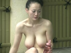 【HD盗撮動画】イイやつです!何度見ても感服!女子風呂で色白ハーフ美熟女の超絶爆乳くびれ全裸!
