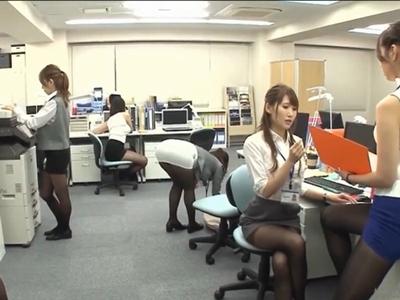 タイプストップ!女だらけの職場で時間を止めて全OLをガチレ〇プ!