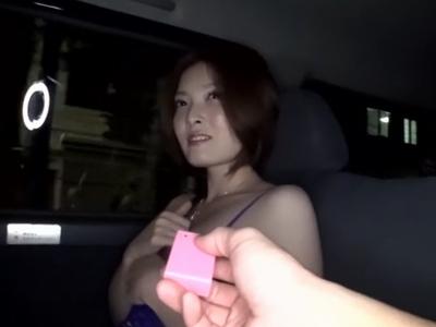 ローター入れられて性奴隷になることも喜んでしまう変態素人奥さま!
