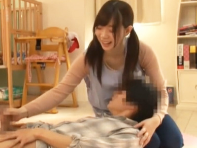 ショタと赤ちゃんプレイ!ロリ顔ツインテール保育士さんが授乳手コキ抜きw