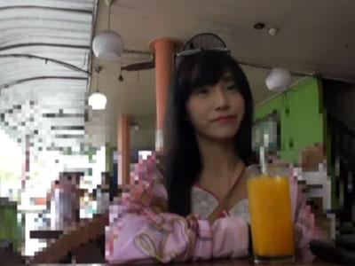 スタイル抜群なアジアン美女をカメラで撮影しながら濃厚ハメ