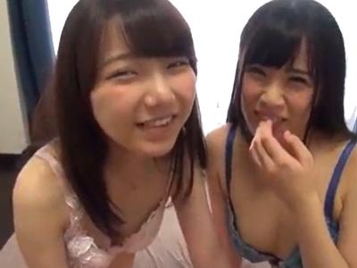 「今から…3Pする笑」ロリ美少女2人とベロチューしながら天国3P