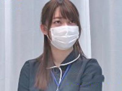 MM号でナンパされた素人女が制服に着替えて即ハメ