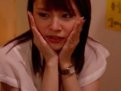いつもは強気なOLが日本酒でヘベレケ→酔ったところを上司特権乱用して挿入寝取りw