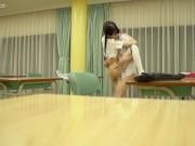 放課後の教室で…三つ編みの大人しい少女はSEXの快感を知り、中だ...