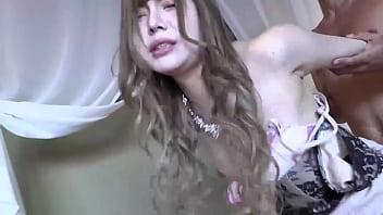 メンヘラ美少女はセックスの時は豹変して激エロ