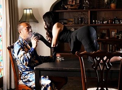 これが高級娼婦の実力!男を絶対に虜にする美女奥さまがある金持ちの屋敷にとりいって…